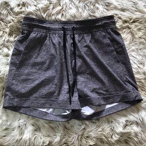Lululemon heather grey, travel, pocket shorts 4